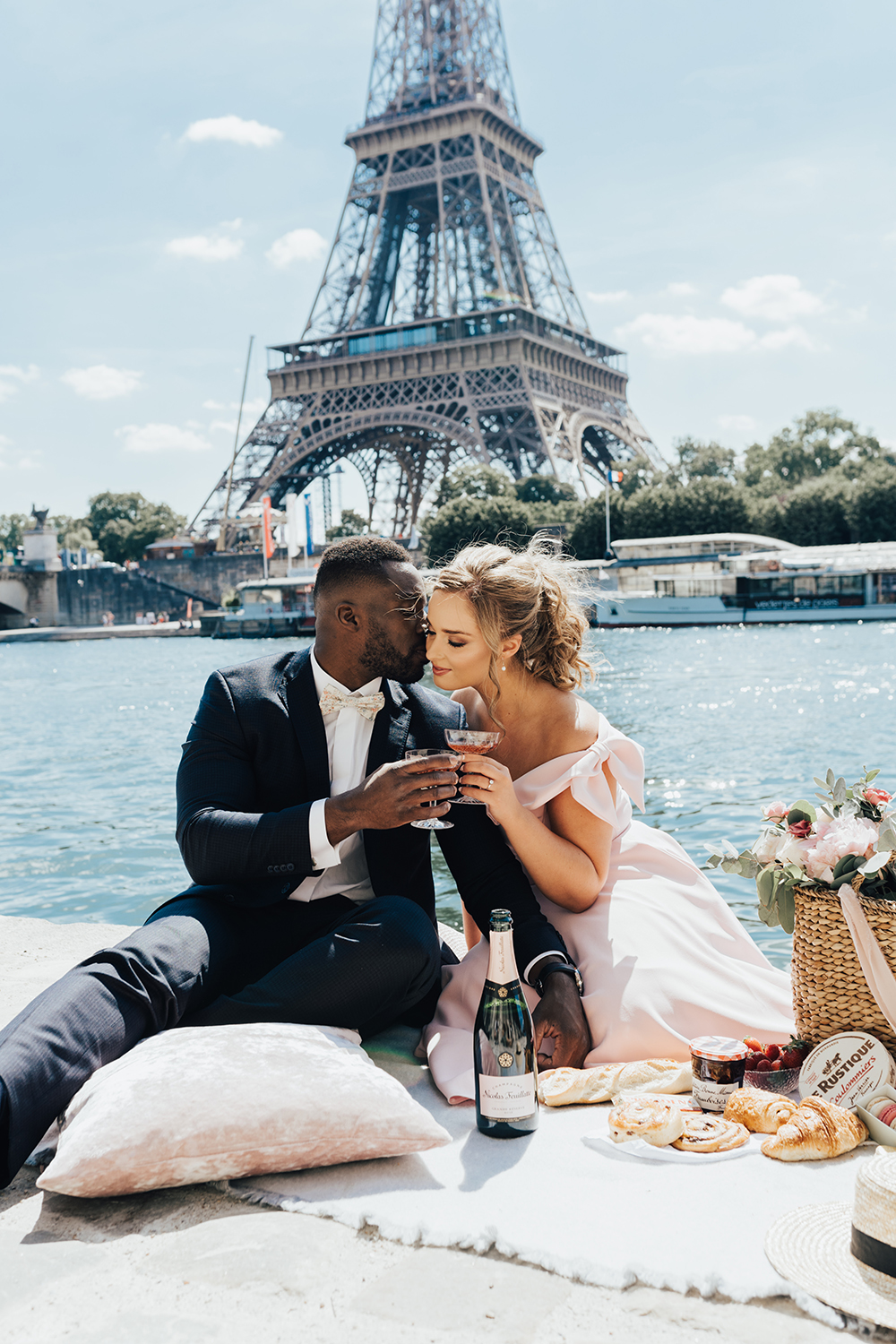 French engagement, picnic on the river, hair and makeup by Storme