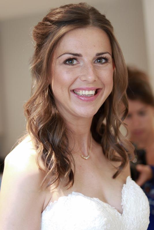 Natural hair and makeup bride by Ema