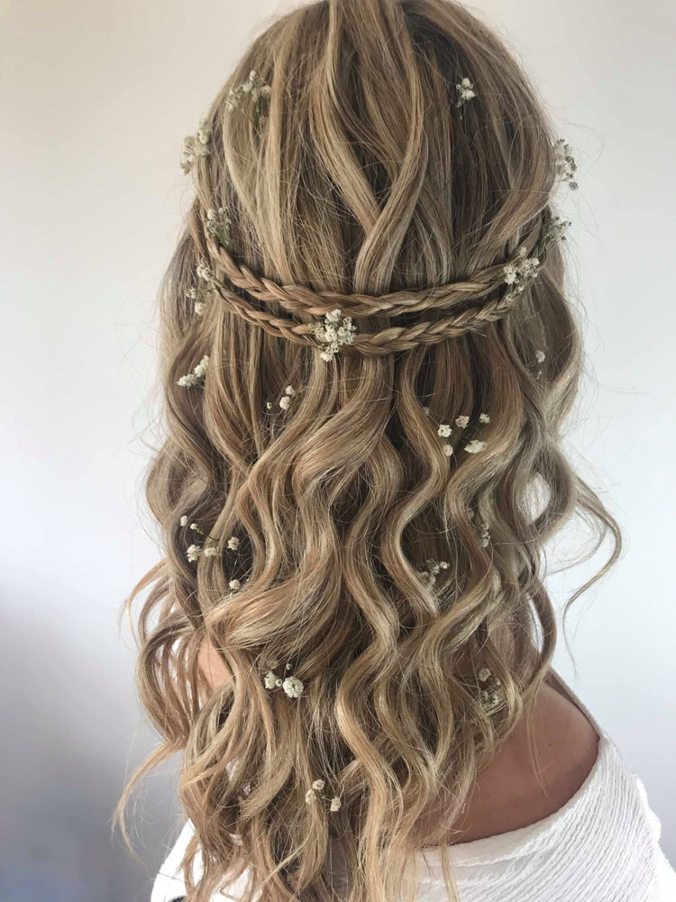 Wavy boho half up hairstyle by Jo