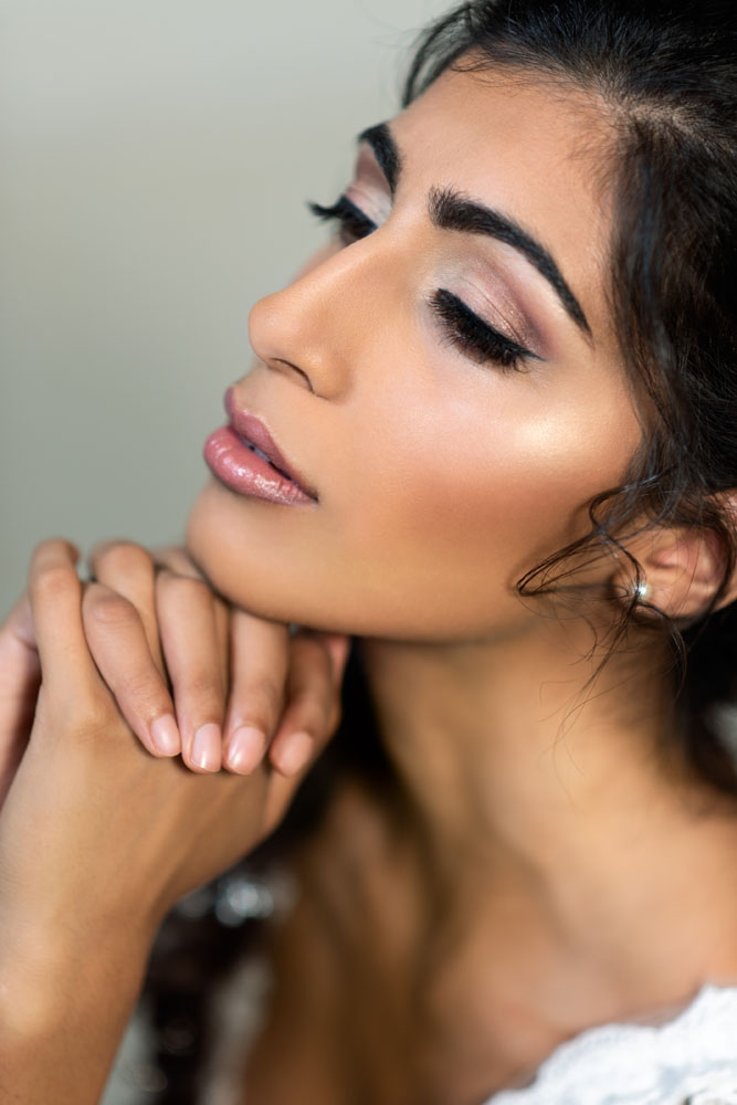 Beauty portrait makeup by Alice