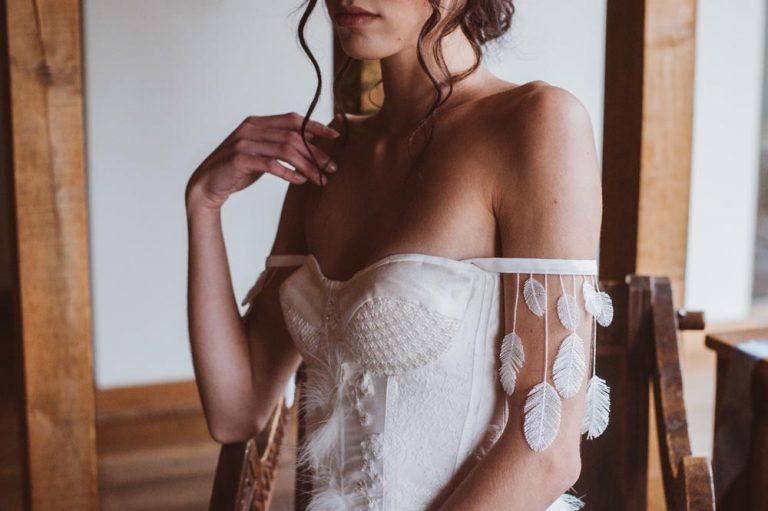 boho bride with pretty sleeves