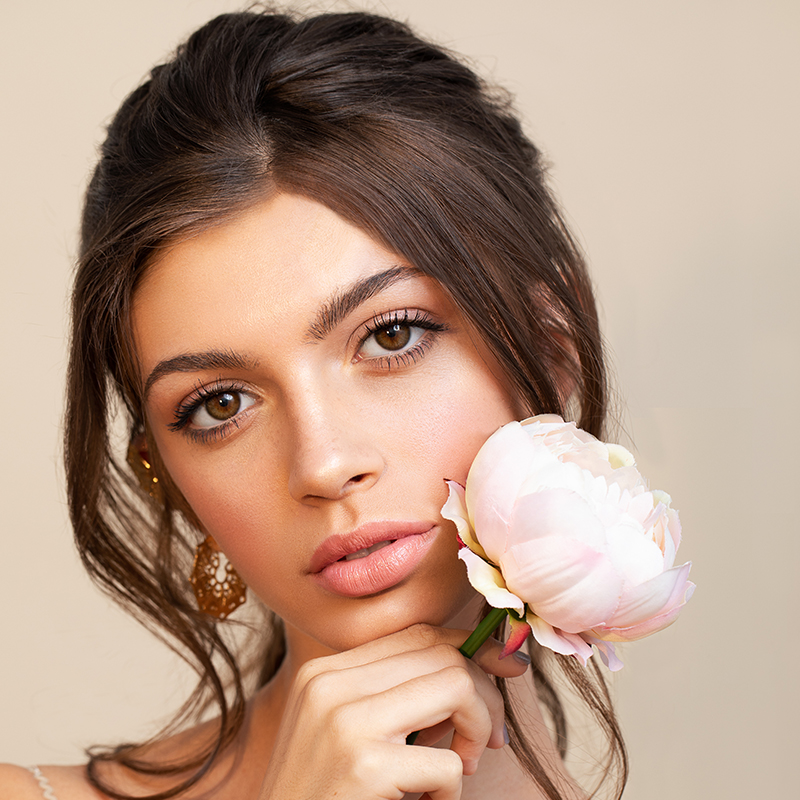 Storme Makeup and hair - virtual makeup lesson